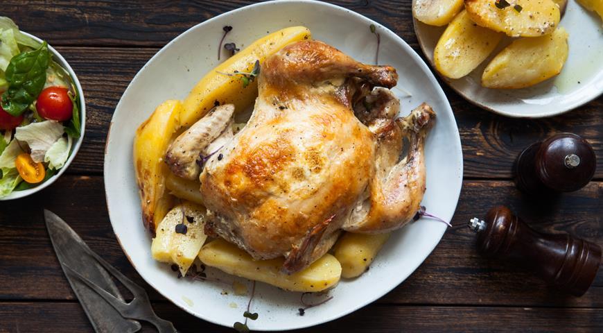 Курица с картофелем, запечённая в рукаве
