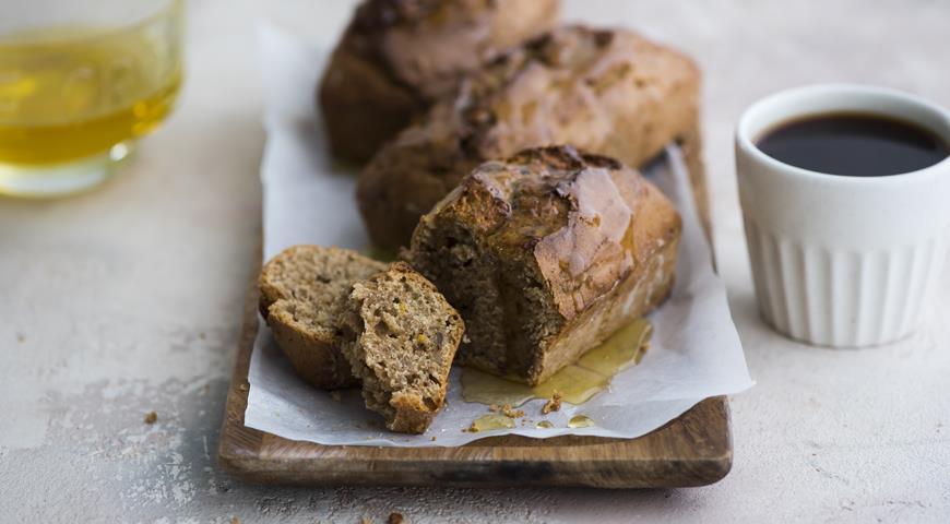 Ржаные кексы с грецкими орехами на варенце