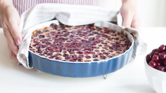 Клафути с замороженными ягодами