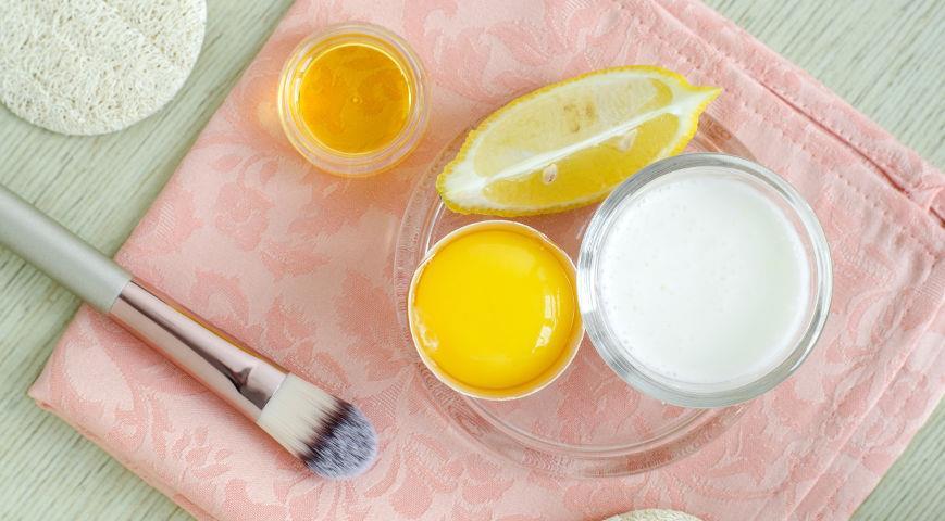 Маска для бровей на основе оливкового масла, яйца и лимона