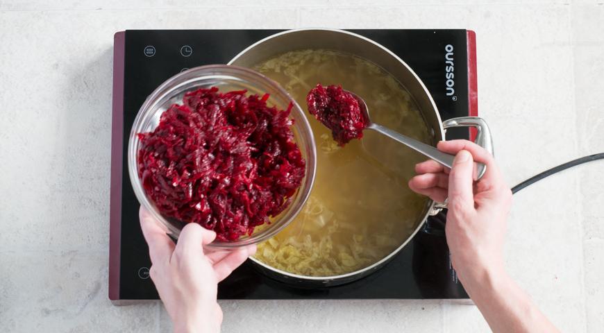 Борщ с мясом, классический рецепт. Перекладываем тушеные овощи