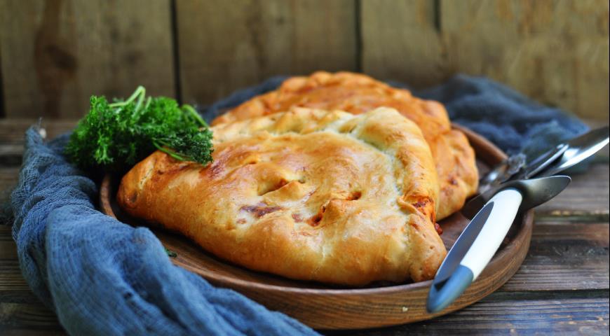 Пицца Кальцоне с овощами и сыром, пошаговый рецепт с фото