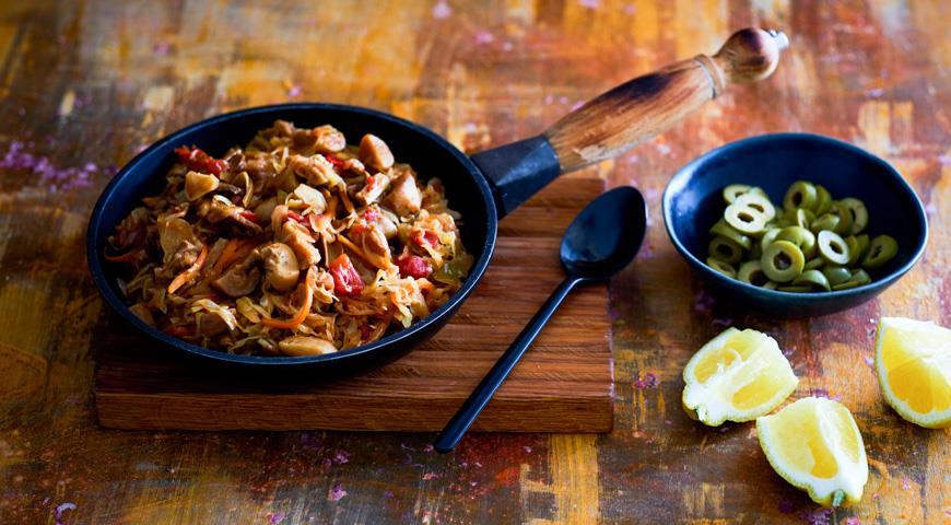 Солянка с грибами на сковороде, пошаговый рецепт с фото