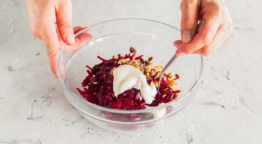 Салат из свеклы с черносливом, пошаговый рецепт с фото