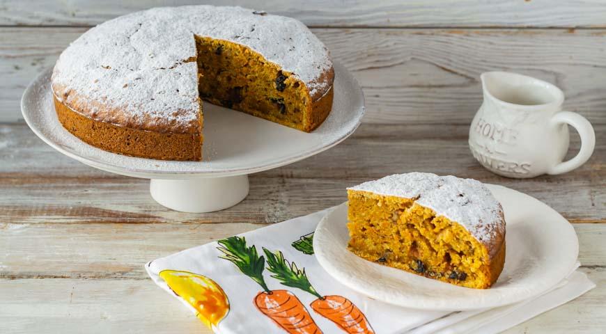 Морковный пирог, пирог готов