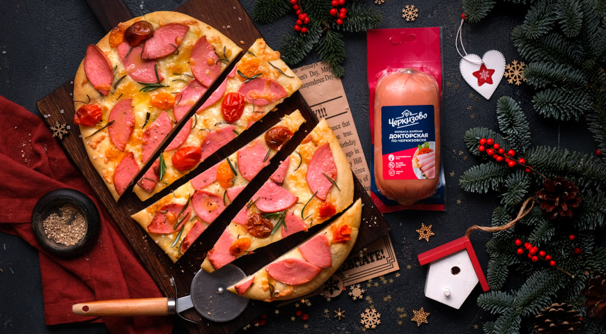 Фокача с вареной докторской колбасой и розмарином, пошаговый рецепт с фото