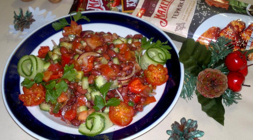Овощной салат с пикантной заправкой Махеевъ, пошаговый рецепт с фото