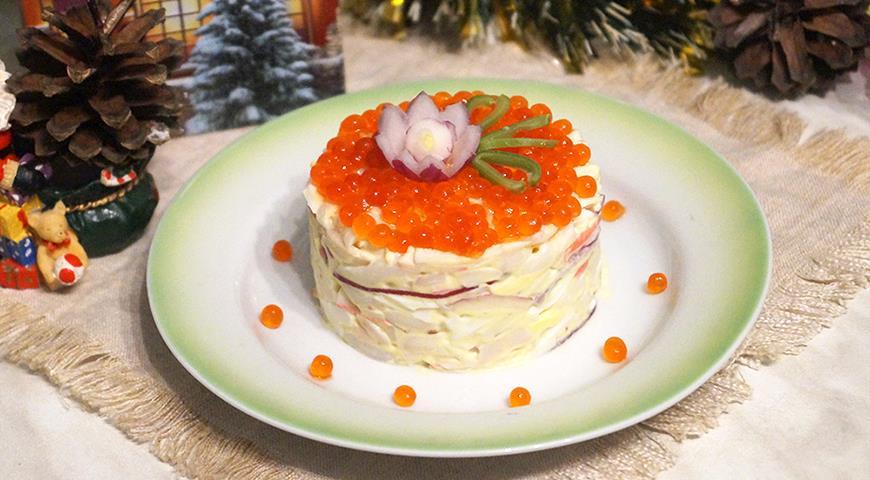 Салат с кальмарами и крабовыми палочками, пошаговый рецепт с фото