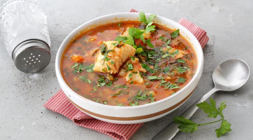 Суп из трески с картофелем и помидорами