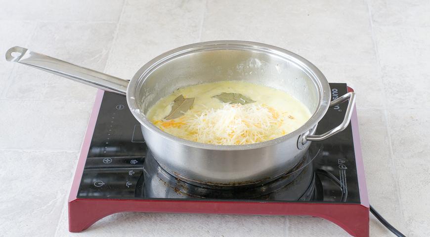 Картошка в сметане, добавьте сыр