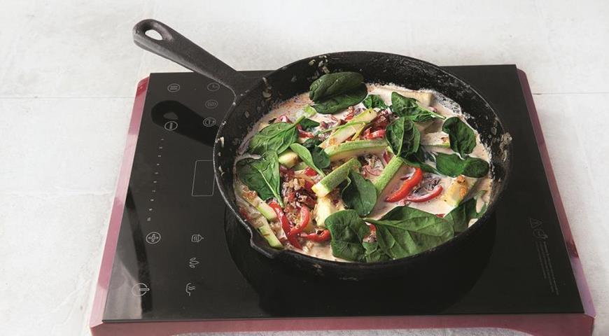 Фаршированный картофель в сливочном соусе с вялеными помидорами. Шаг 5