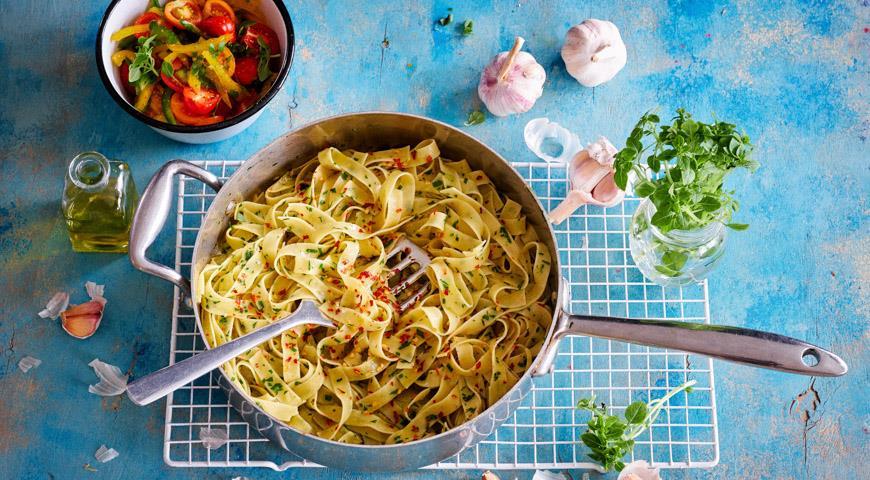 Тальятелле альо-ольо  с острым перцем, пошаговый рецепт с фото