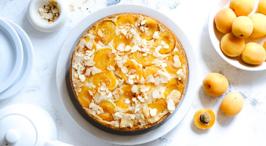 Заливной пирог с абрикосами, пошаговый рецепт с фото