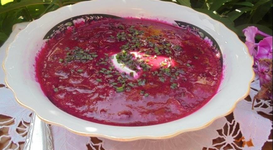 Свекольный суп со щавелем, пошаговый рецепт с фото