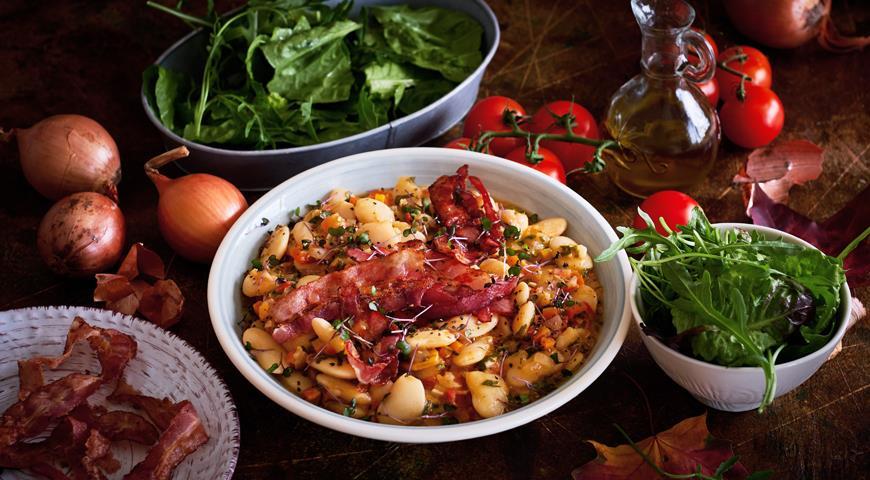 Белая фасоль с беконом и овощами, пошаговый рецепт с фото