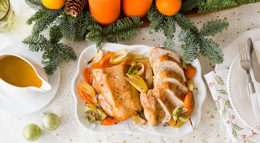 Запечённая грудка индейки в соевом маринаде с овощами, пошаговый рецепт с фото