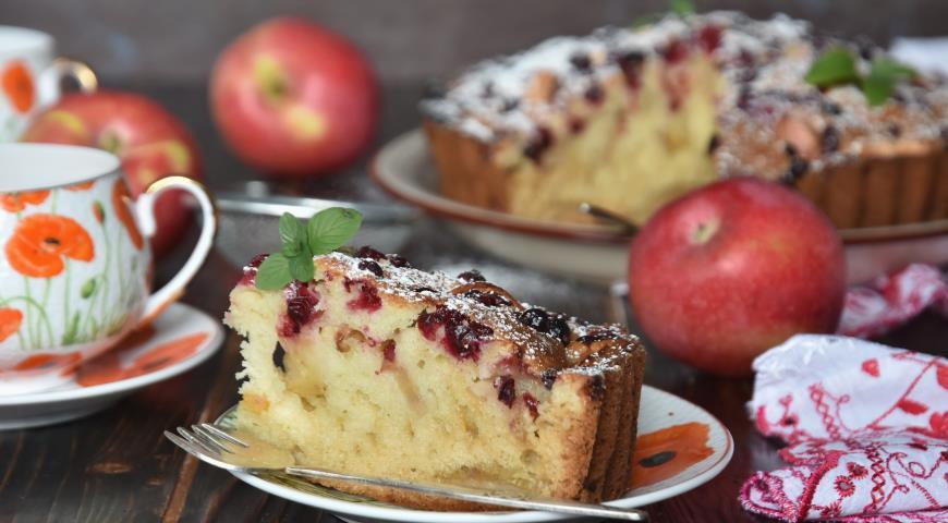 Пирог с яблоками и клюквой, пошаговый рецепт с фото