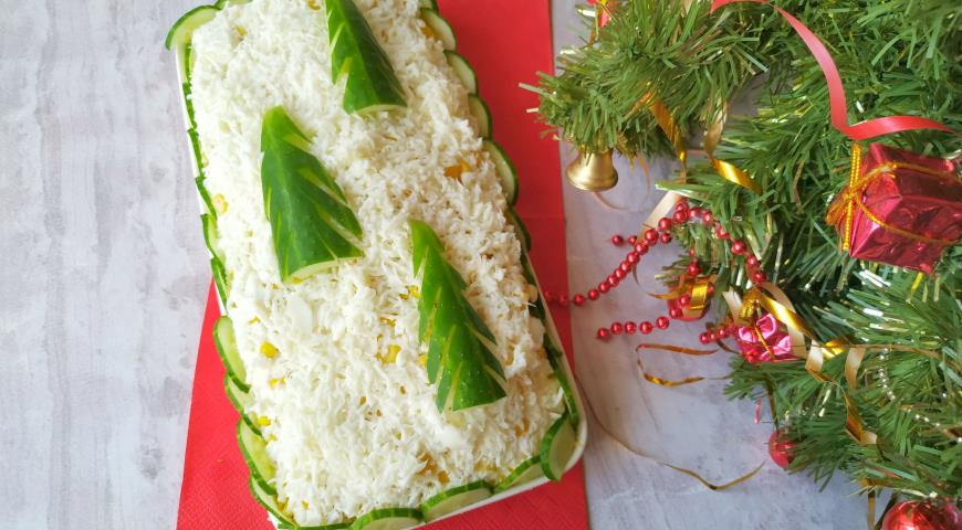 Праздничный салат с курицей Елочки в снегу, пошаговый рецепт с фото