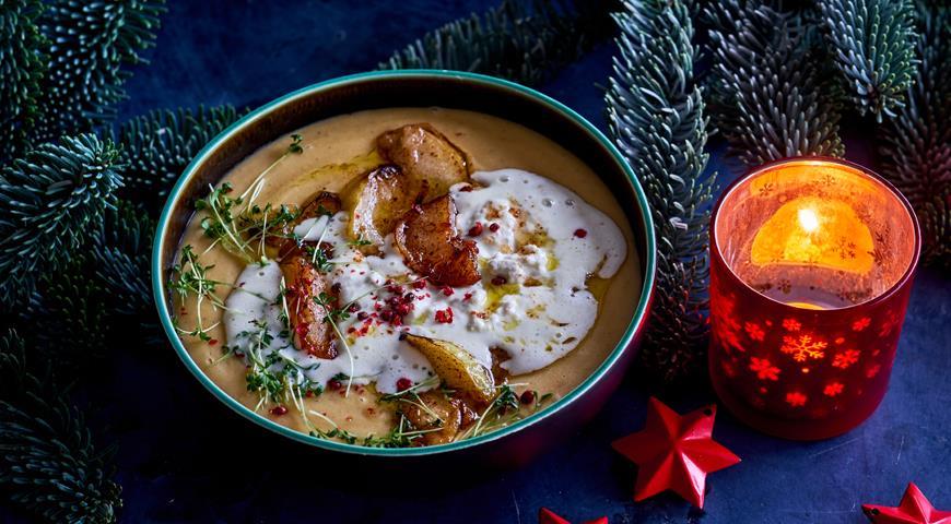 Английский суп из чечевицы с пастернаком, яблоками и голубым сыром, пошаговый рецепт с фото