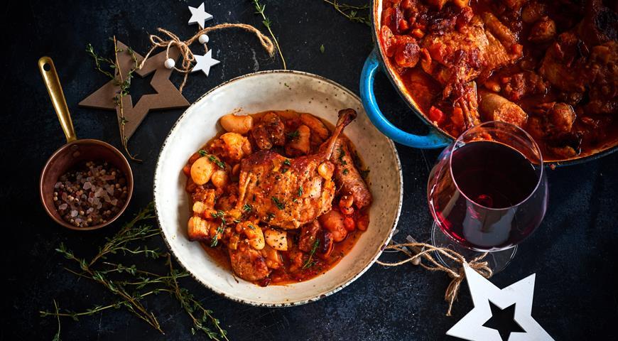 Кассуле с уткой и колбасками, пошаговый рецепт с фото