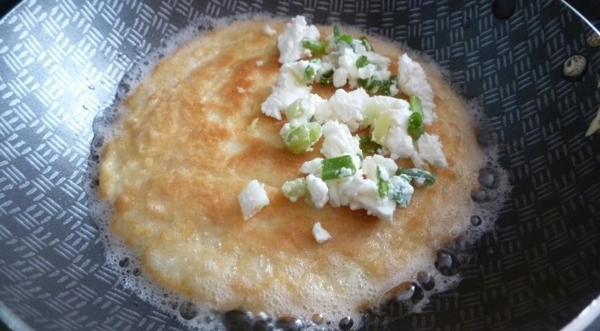 Сочни с брынзой и зеленым луком, пошаговый рецепт с фото