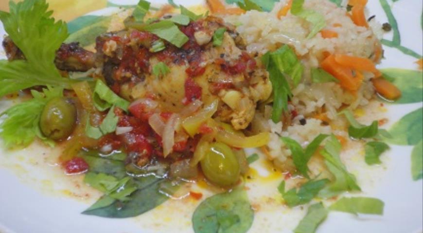 Курица в томатно-винном соусе, пошаговый рецепт с фото