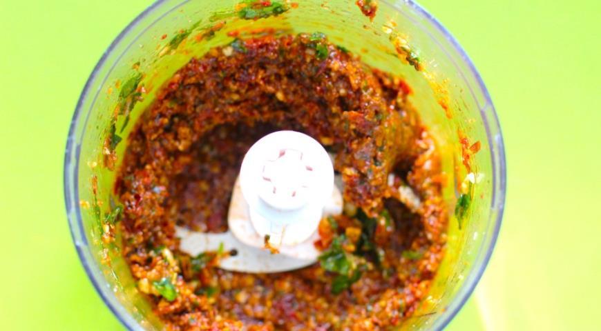Лосось с песто из томатов в слоеном тесте, пошаговый рецепт с фото
