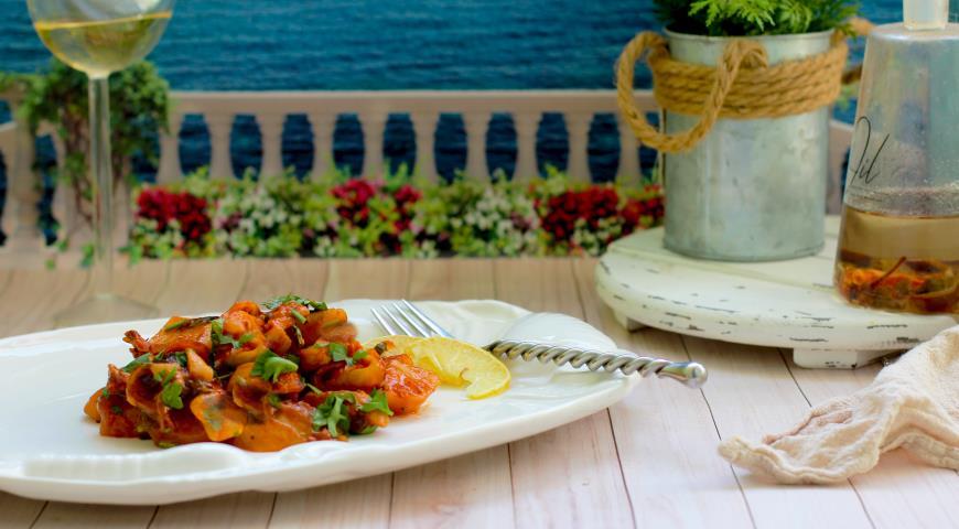 Тушеный картофель с кальмарами, пошаговый рецепт с фото