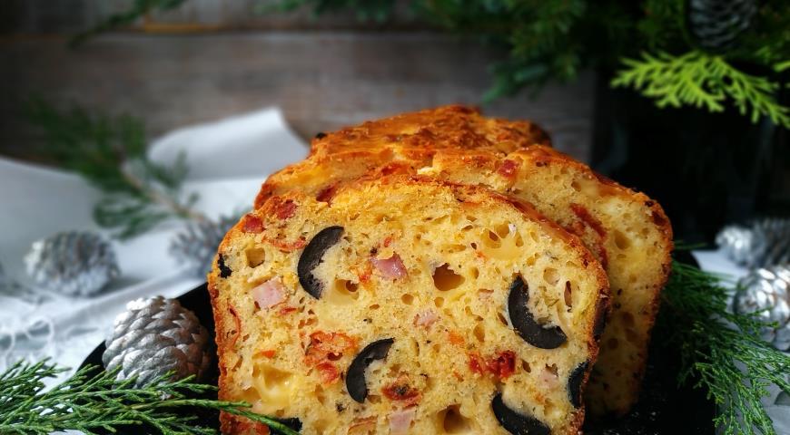 Закусочный кекс с вялеными томатами и ветчиной, пошаговый рецепт с фото