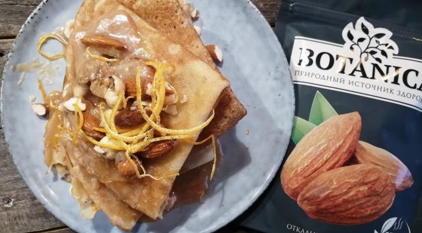 Блины с карамелью и миндалем, пошаговый рецепт с фото