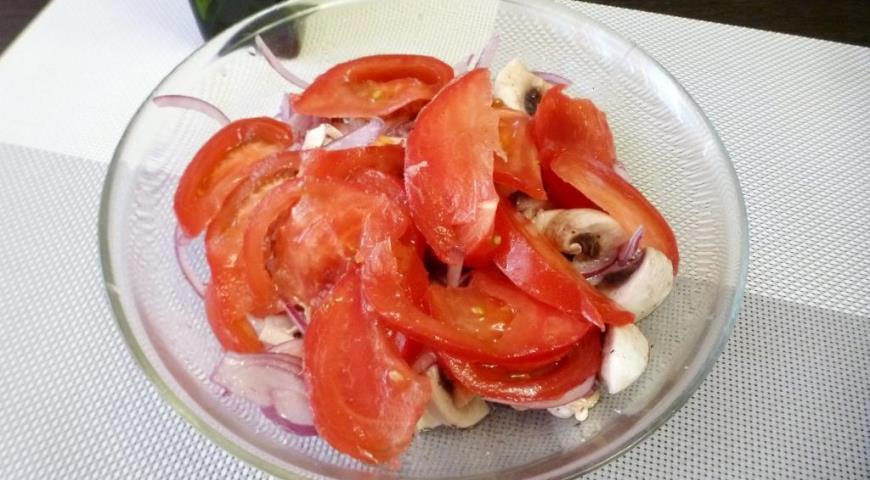 Салат со свежими шампиньонами и помидорами, пошаговый рецепт с фото