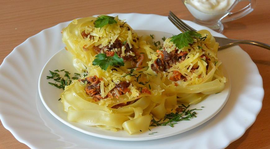 Феттучини  с сыром и фаршем, пошаговый рецепт с фото
