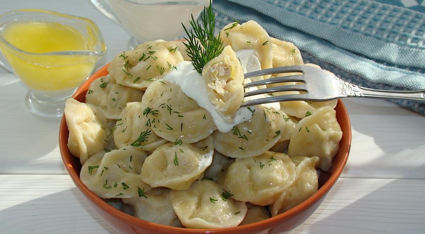 Пельмени с мясом и картошкой