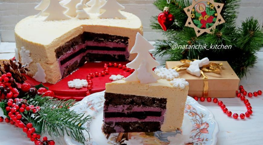 Торт с черничным мармеладом и карамельным баварским муссом, пошаговый рецепт с фото