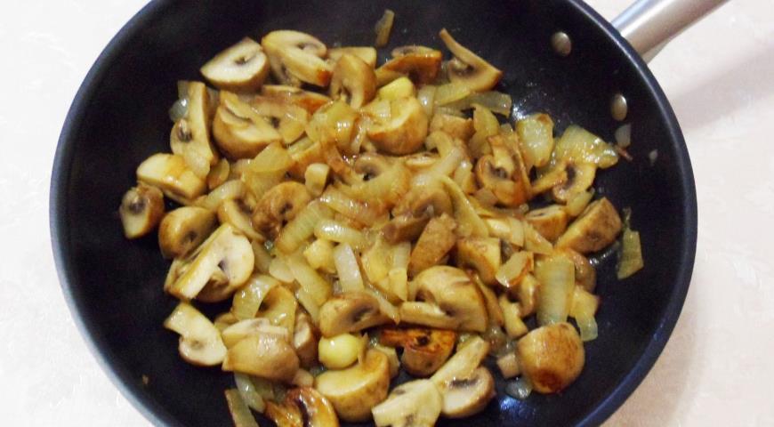 Ароматная картошка с грибами и зеленым маслом, пошаговый рецепт с фото