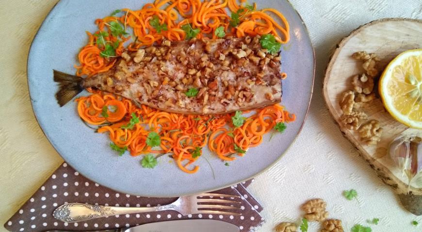 Филе скумбрии, запеченное с орехами, пошаговый рецепт с фото