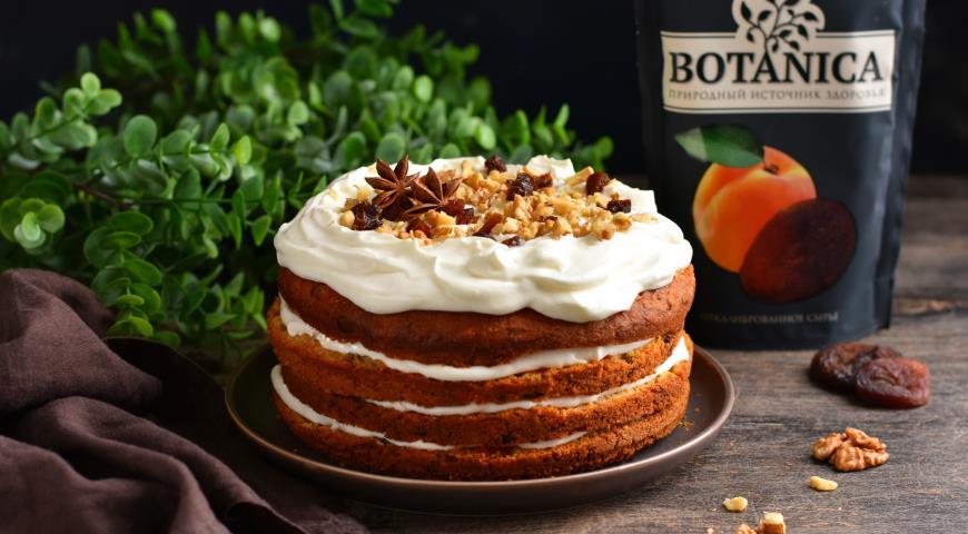 Морковный торт с курагой и орехами , пошаговый рецепт с фото