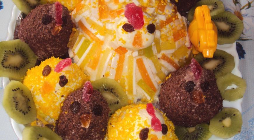 Пасхальный творожный десерт Курочка с цыплятами, пошаговый рецепт с фото