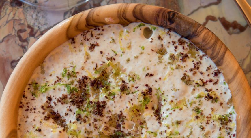 Хумус от шеф-повара отелей Brach Paris и Sinner Paris, пошаговый рецепт с фото