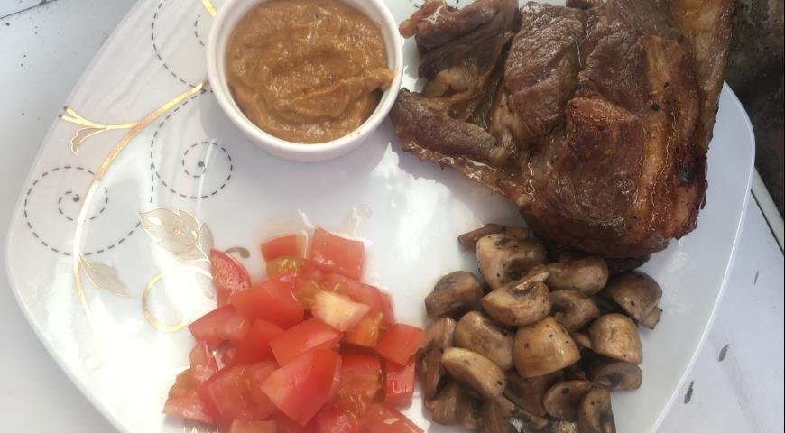 Баранина с грибами и шафрановым соусом, пошаговый рецепт с фото