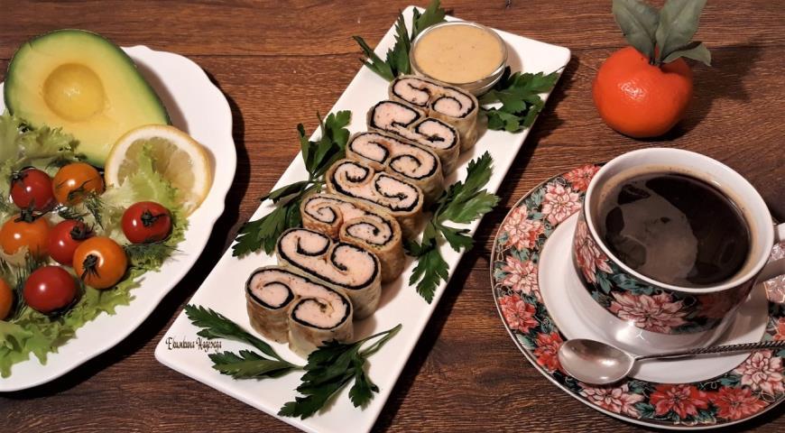 Крабовый рулет к завтраку, пошаговый рецепт с фото