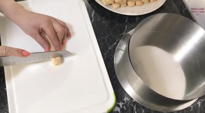 Клубничный торт без выпечки, пошаговый рецепт с фото
