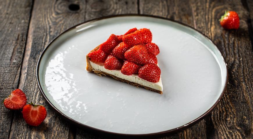 Пирог с клубникой, пошаговый рецепт с фото