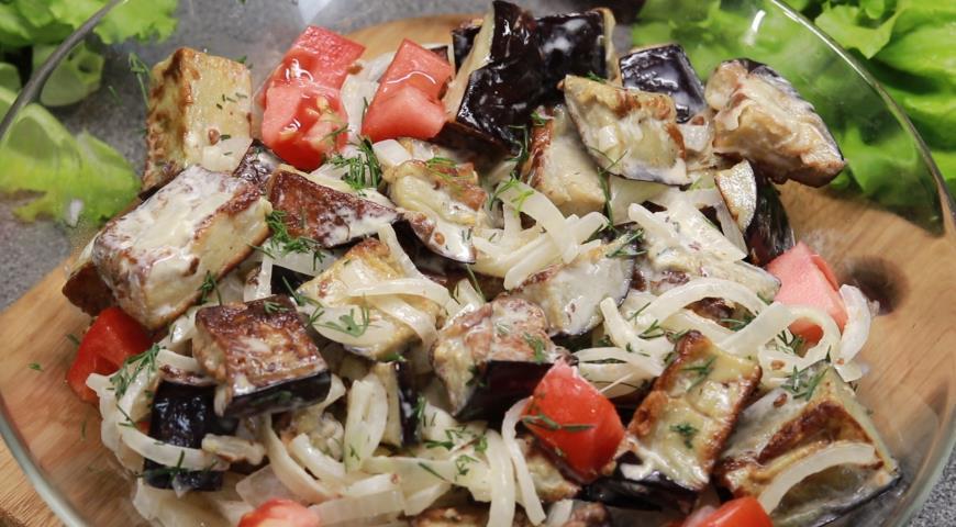 Баклажаны а-ля грибы с маринованным луком, пошаговый рецепт с фото