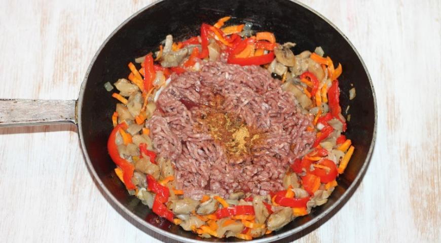 Ролл-пирог с начинкой  , пошаговый рецепт с фото