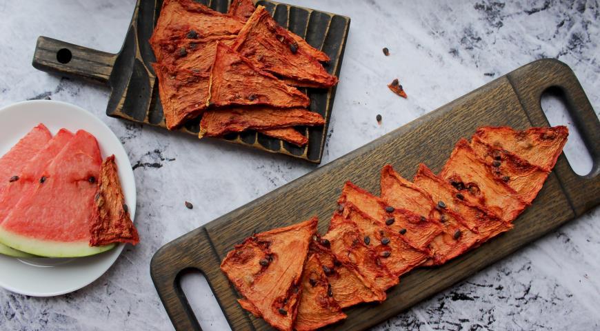 Арбузные чипсы, пошаговый рецепт с фото