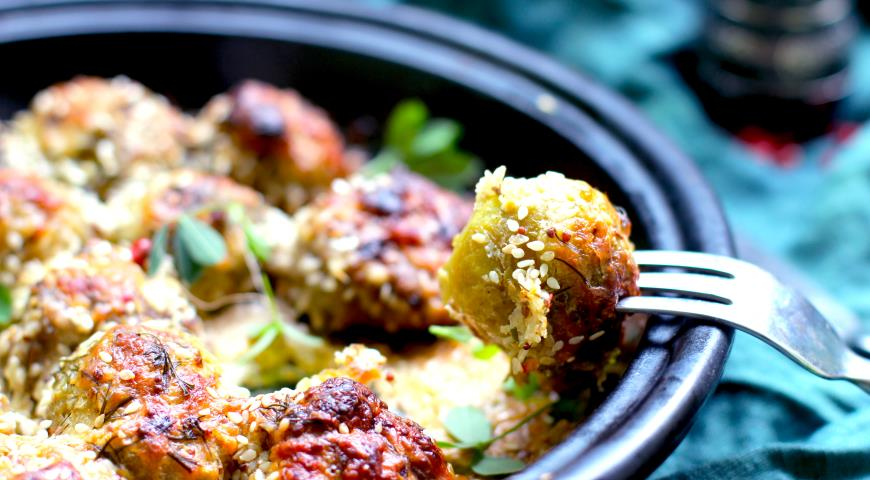 Фрикадельки, запеченные с брюссельской капустой, пошаговый рецепт с фото