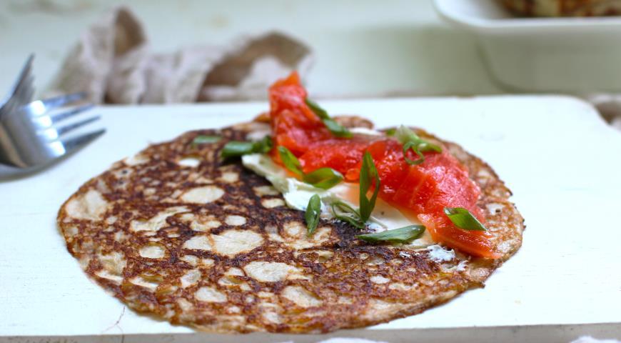 Тонкие кето-блинчики без пшеничной муки и сахара, пошаговый рецепт с фото