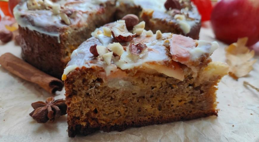 Пряный яблочно-морковный пирог с цельным фундуком , пошаговый рецепт с фото