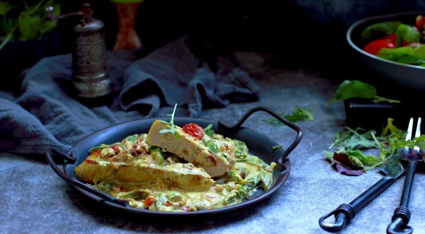 Свиные антрекоты со спаржей в сливочном соусе, пошаговый рецепт с фото
